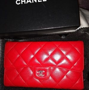 Chanel continental wallet/ WOC